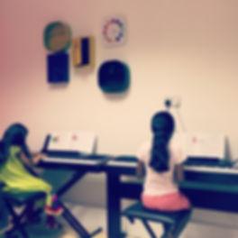 Group Piano Class