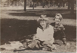 Helen Josephine Vandegrift (c1910).jpg