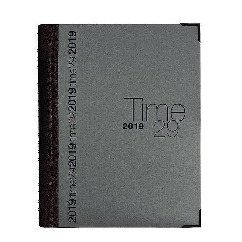 Quo Vadis Time 29 A4 2022 21x29,7cm - Stoff Grau