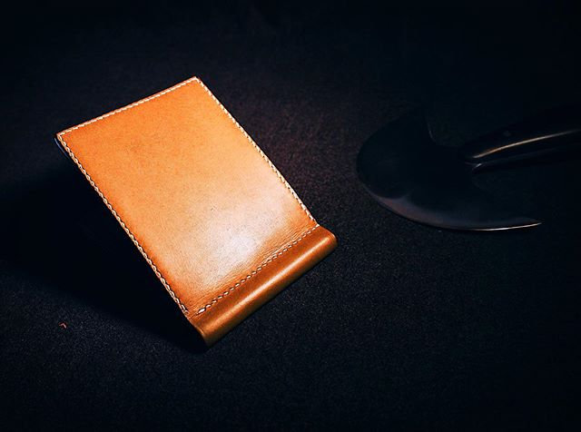 胎牛皮錢包夾 CALFSKIN MONEY CLIP WALLET