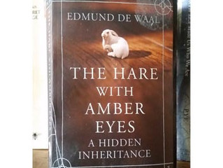 The hare with amber eyes / Edmund de Waal