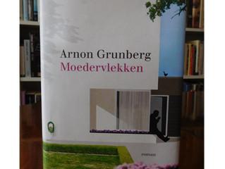 Moedervlekken / Arnon Grunberg