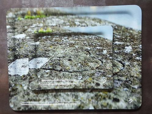 Plateau avec coeur gravé dans la pierre OCS    43 X 33 cm