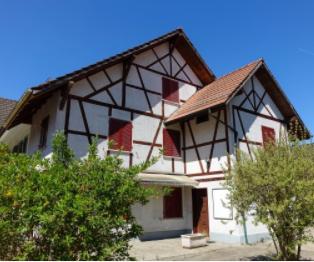 Mitten im alten Dorfkern von Seuzach - Wohnen mit Charme