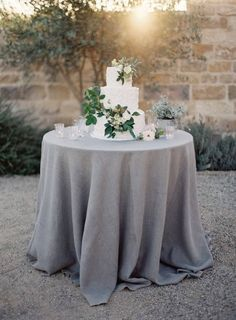 Light Grey Table Linen