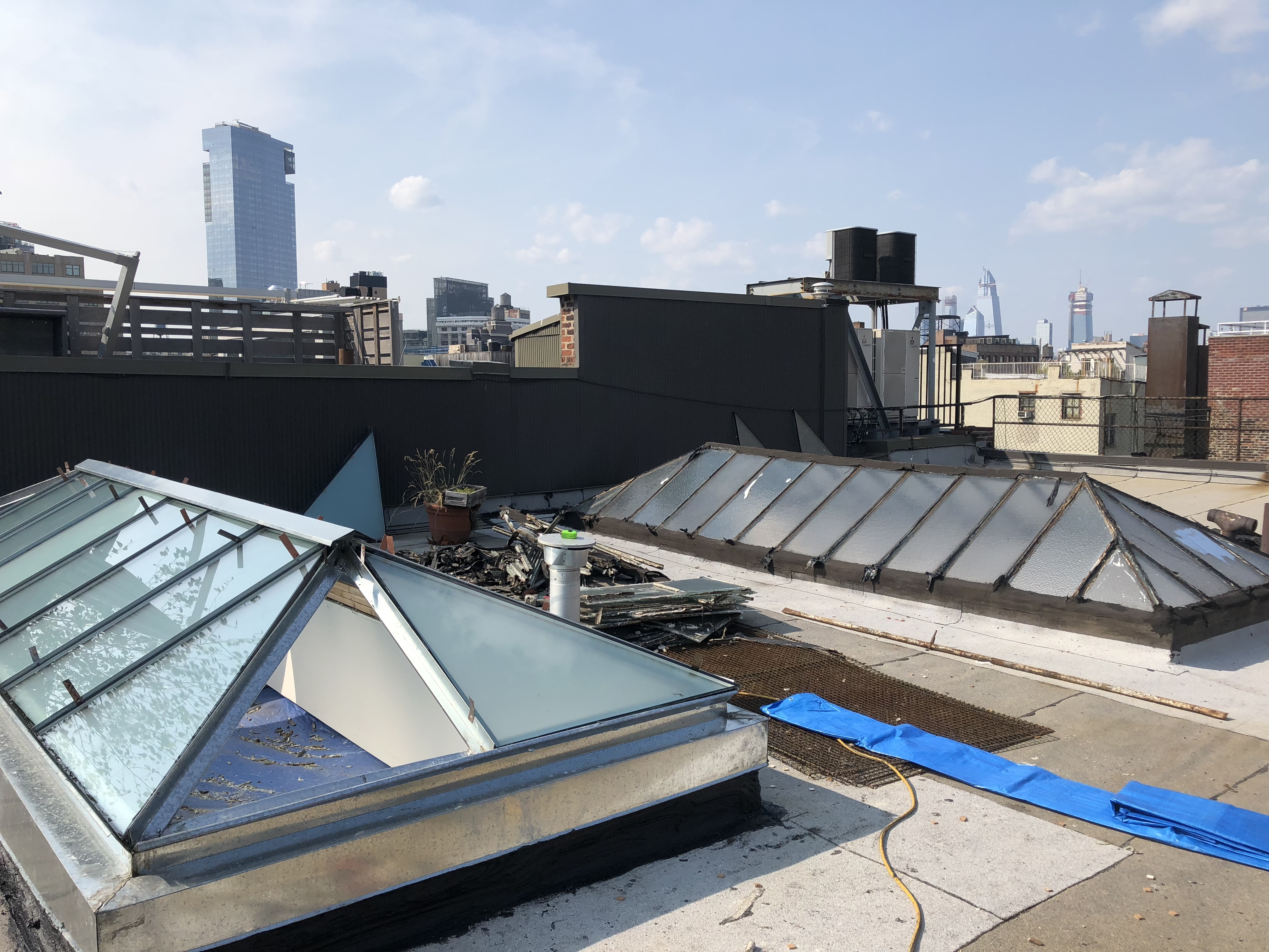 flat roof skylight replacement