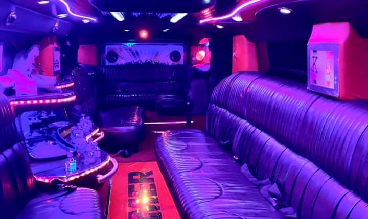 H2 Hummer Interior.jpg