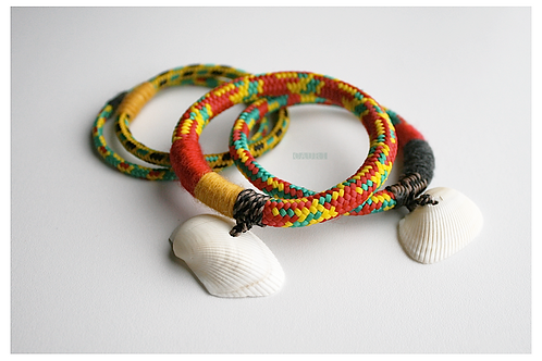 RASTA Bracelets set with shells
