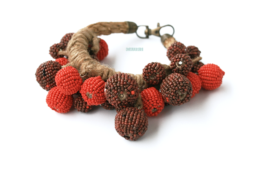 Berry necklace/bracelet-transformer