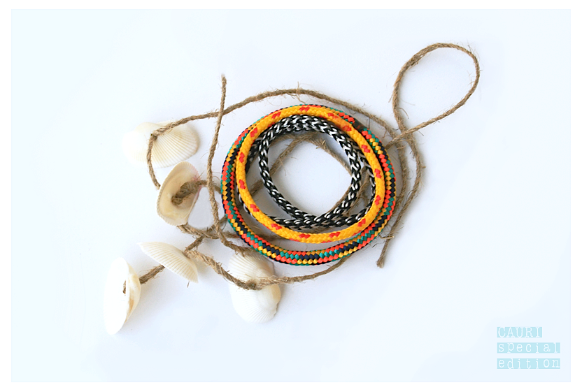 TRIBE Rasta Bracelets set with shell