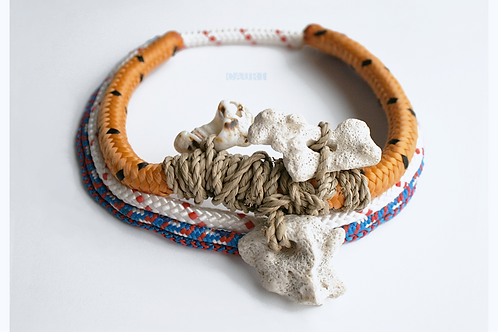 Necklace with big corals