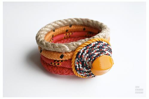 MAASAI  bracelet made from brazilian ropes & bead
