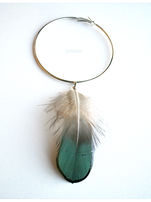 Circle earring with Peacock feather