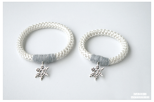 SNOWFLAKE Bracelets set for Mom & Daughter
