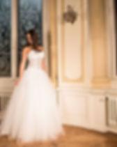 wedding-dress-301817_1920.jpg