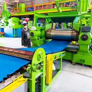 ระบการผลิตด้วยเครื่องจักรที่ออกแบเฉพาะเพื่อลูกยางสีข้าว