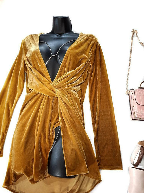 Golden Outfit