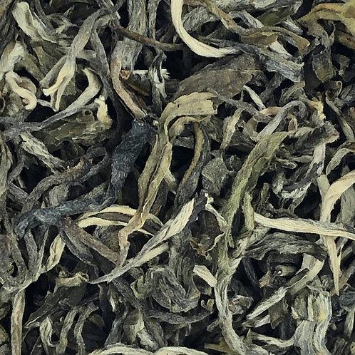China Yunnan White Tea