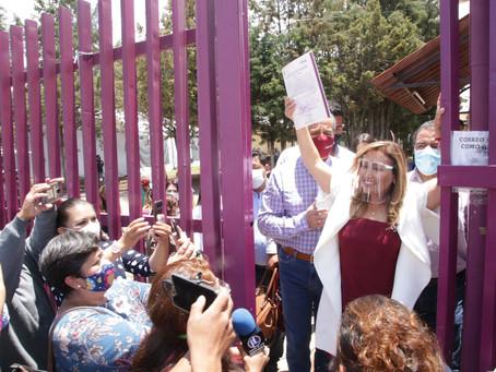 Lorena Cuellar Cisneros recibe su constancia de mayoría como gobernadora de Tlaxcala