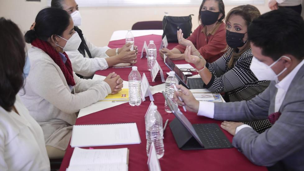 Gobernadora electa y CONANP analizan acciones inmediatas ante problemática de la Malinche.