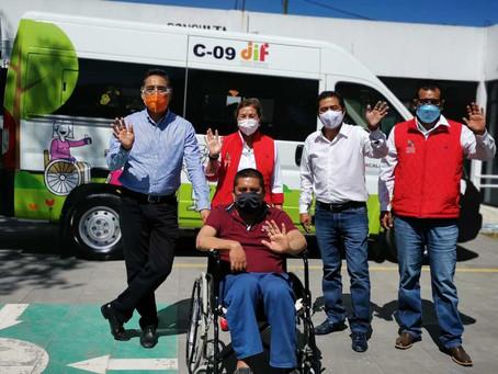 Papalotla cuenta con unidad para traslado de personas con discapacidad a sus terapias de rehabilitac