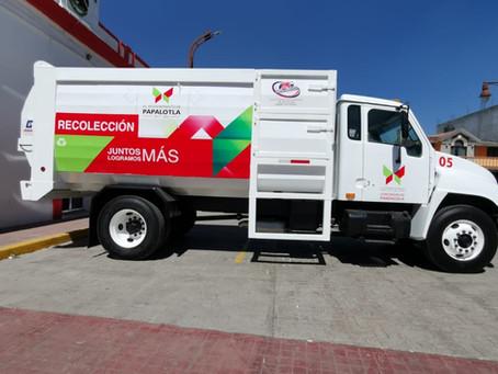Gobierno de Papalotla restaura camión compactador para mejorar servicio.