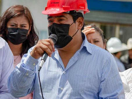 Dan banderazo de inicio de obras en las diferentes secciones del municipio de Zacatelco.