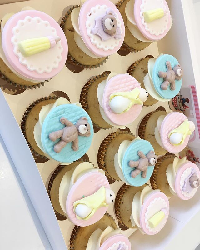 He or She_ Cute Baby Shower CupCakes 💙�