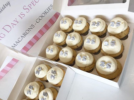 25th Wedding Anniversary CupCakes in our