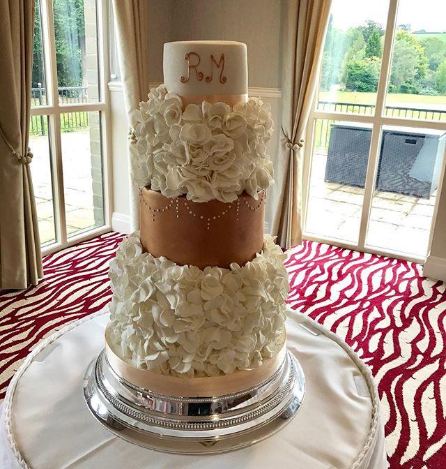💗A Huge congratulations to Rebecca & he