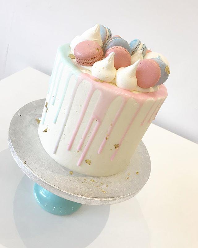Baby Reveal Cake 💙