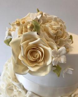 🔶A sneak peek of this weeks Wedding Cak