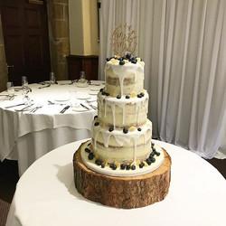 💗 A huge congratulations to Clare & Joe