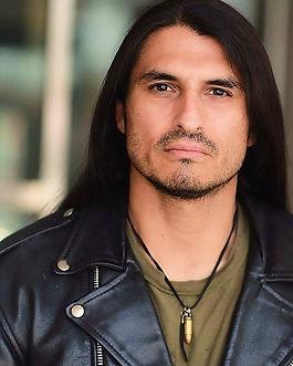 Eli Santana.jpg