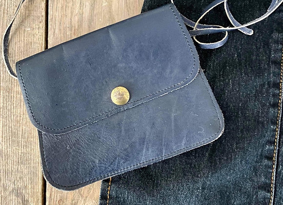 Petit sac de cuir bleu
