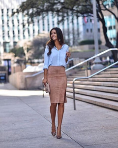 Pencil skirt in suede