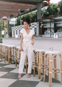 Monochromatic - Jumpsuit look