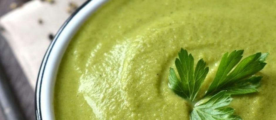 Easy Healthy Vegan Broccoli Soup Recipe