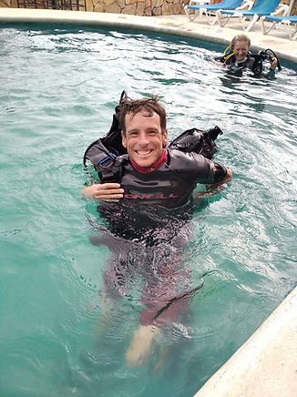 best scuba diving shop in puerto morelos