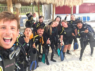 Best scuba diving in puerto morelos mexi