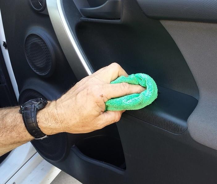 Interior Car Cleaner Door