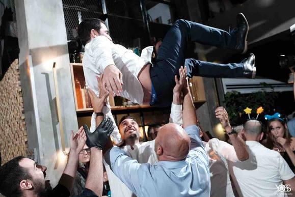 איל כץ דיגיי  DJ eyal katz מתחתנים חתונות קטנות מוסיקה מיוחדת מוסיקה לחתונה אירועים מסיבת חתונה  פטקט fatcat music