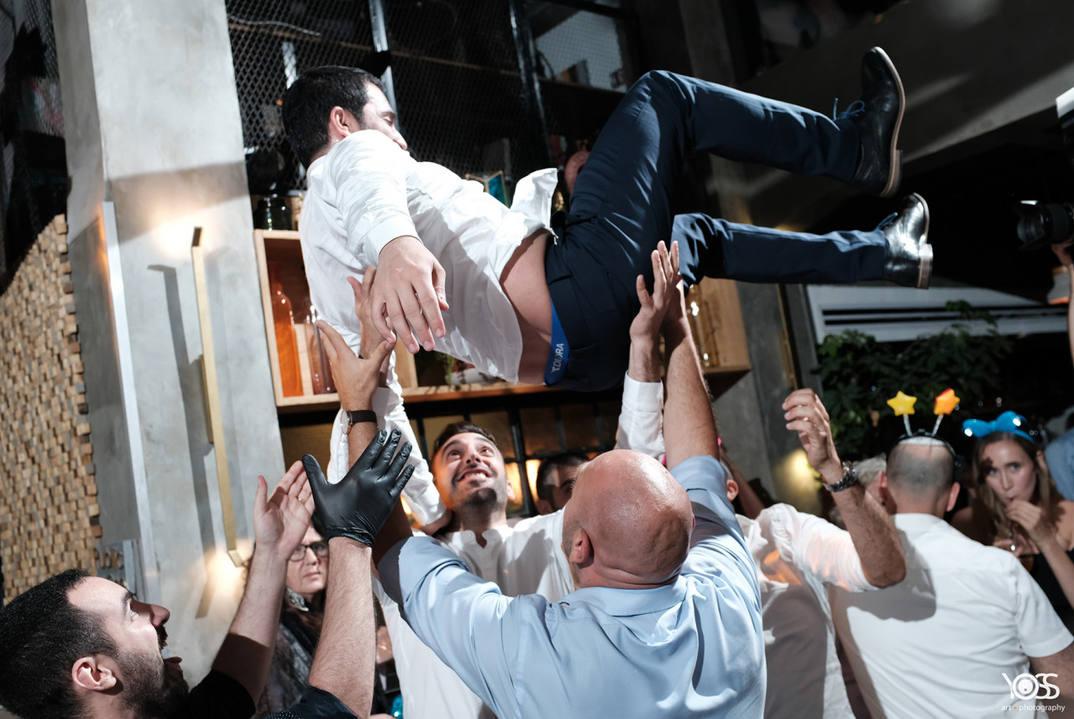 די גאיי איל כץ דיגיי  DJ eyal katz מתחתנים חתונות קטנות מוסיקה מיוחדת מוסיקה לחתונה אירועים מסיבת חתונה  פטקט fatcat music