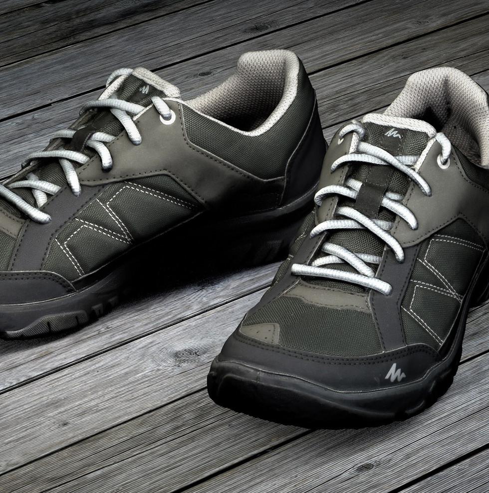 shoes-1897708.jpg