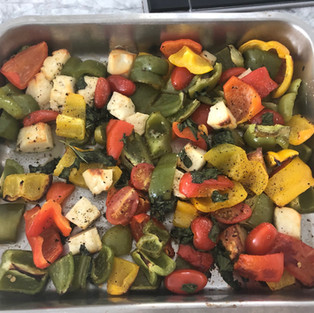 Roasted peppers & Halloumi Tray Bake