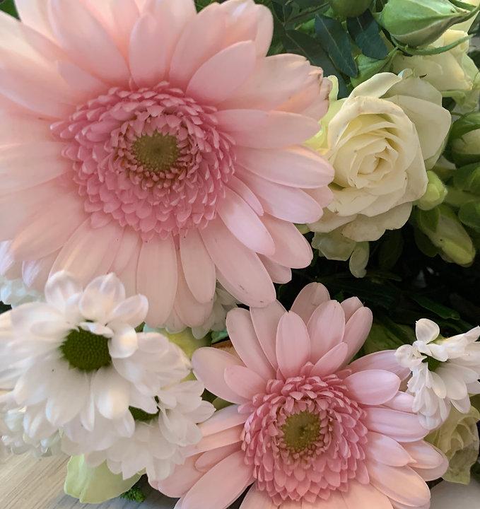rosa Blumen Muttertag.JPG