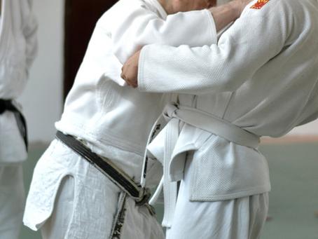 Prawidłowe składanie Kimona czyli Keikogi