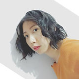 譽庭 頭像_edited.jpg