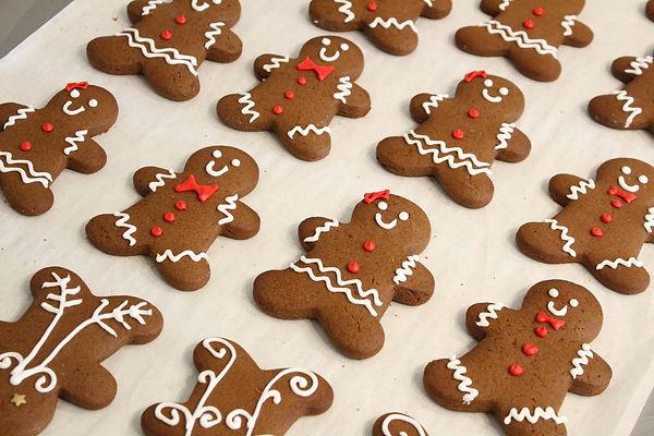 Kiss Me Cupcakes - Gingerbread Cookies