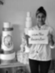 Kiss Me Cupcakes - Dali - Cake Artist